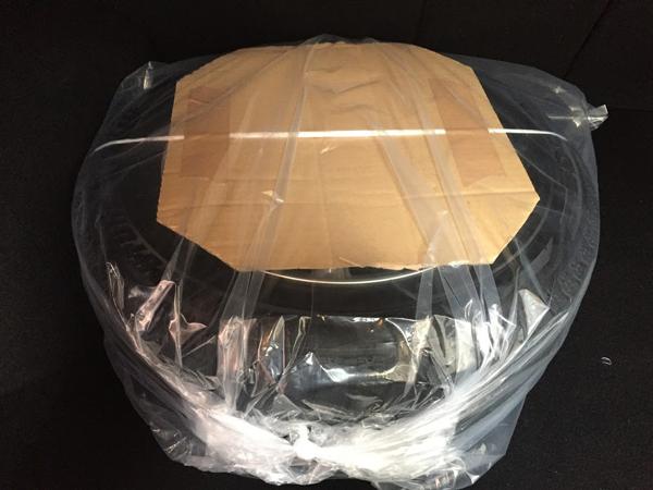 スタッドレスタイヤのヤマト便での梱包方法メルカリ
